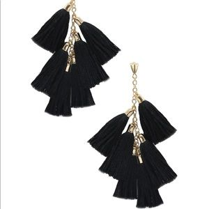 🆕Fun black multi tassel earrings from ettika